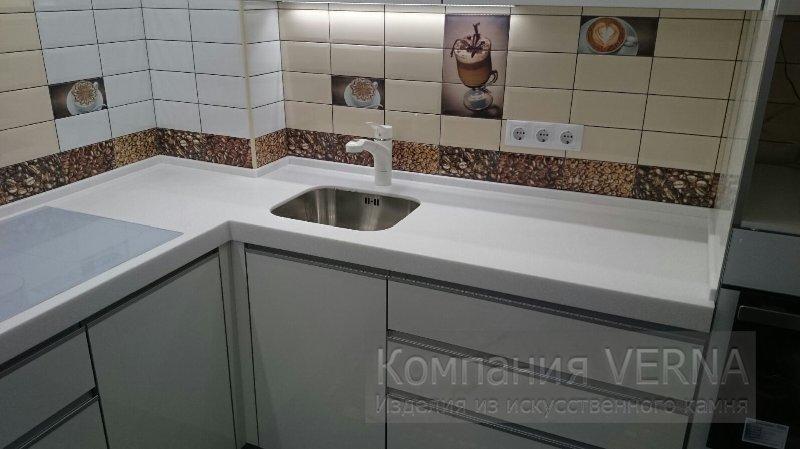 Столешница на кухню из алюминевого листа столешница буковая массив